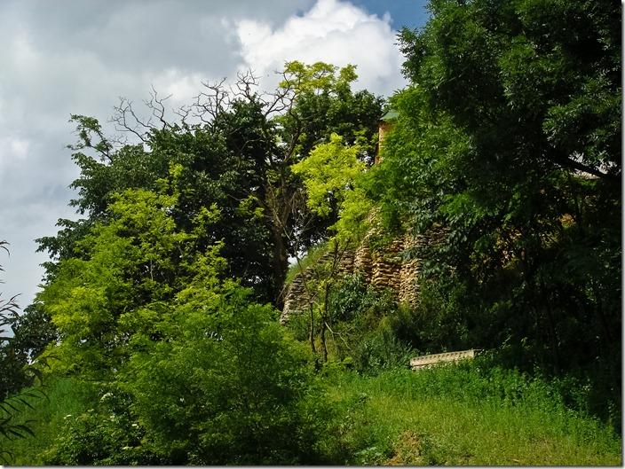 Дермань, стіни  Троїцького монастиря