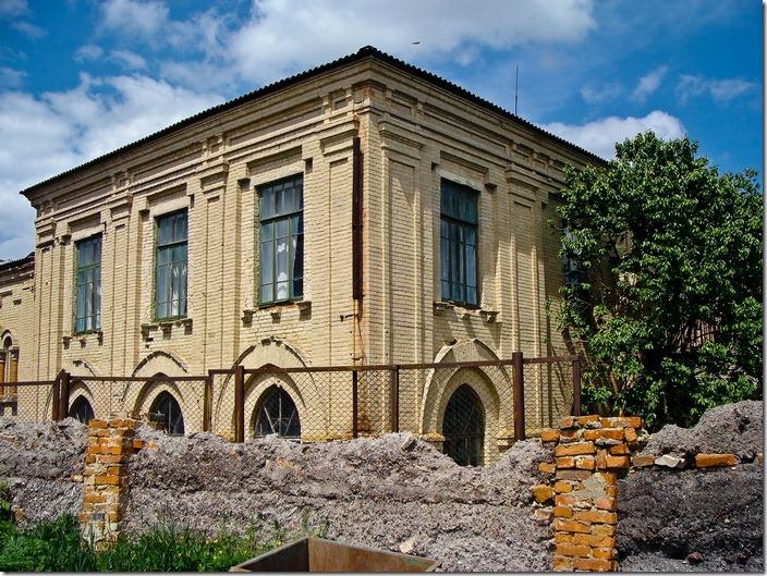 Браїлів, колишня синагога
