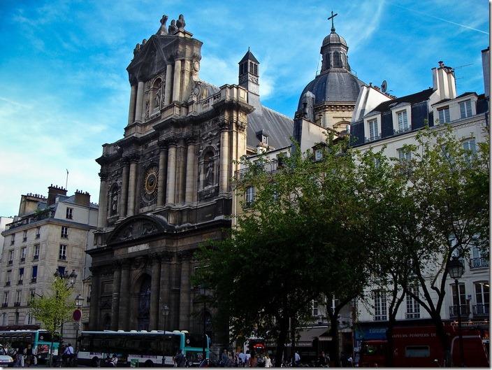 Париж, церква Сен  Поль - Сен Луї